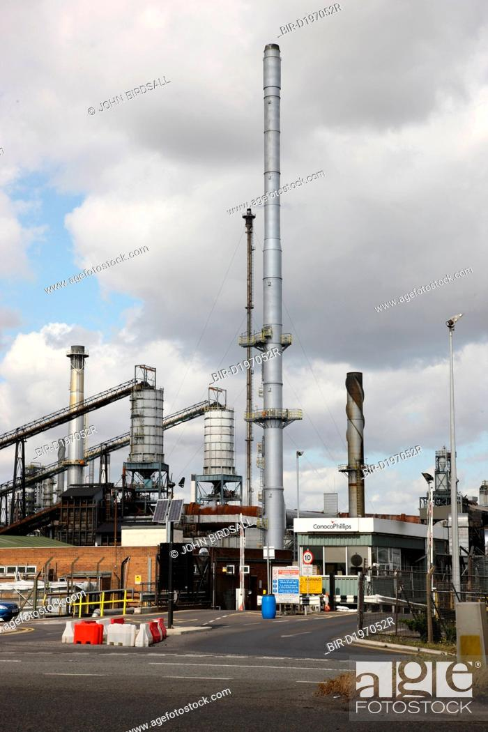 Stock Photo: Conoco Phillips Humber Refinery, South Killingholme, Lincolnshire, England.