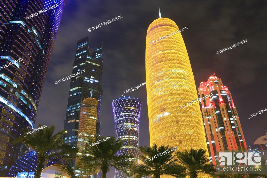 Photo de stock: Doha at Night, Qatar.