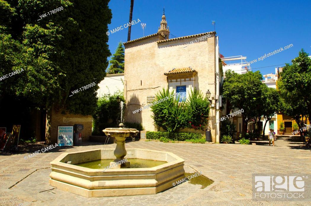 Stock Photo: Europe, Spain, Sevilla, Street details, urban Style, Fountain near Giralda.
