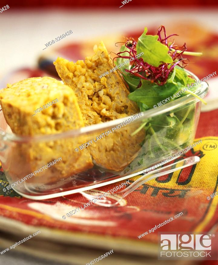 Stock Photo: tortilla de arroz integral al curry / Brown rice curry omelette.
