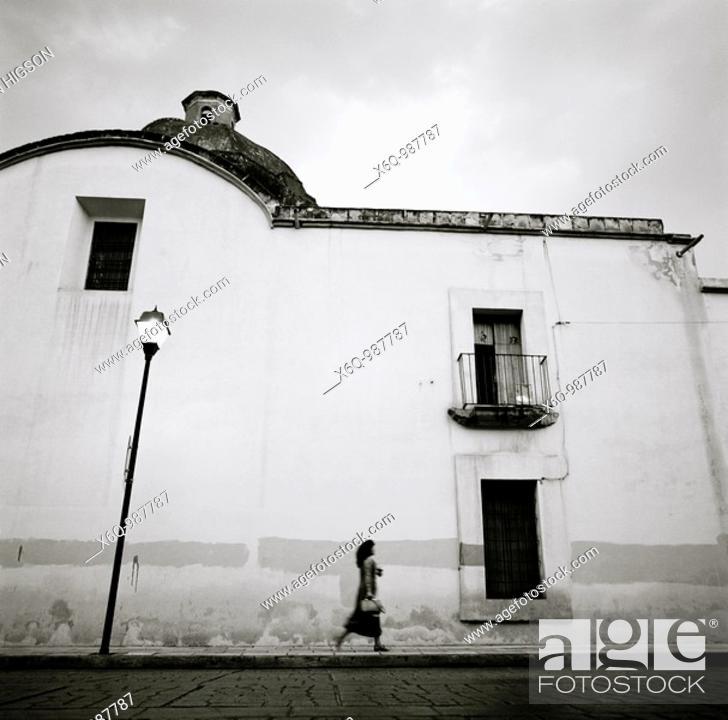 Stock Photo: Twilight in Oaxaca City, Mexico.