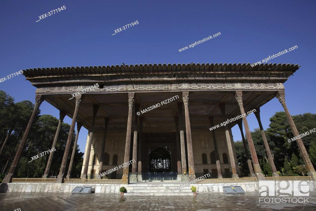 Stock Photo: Chehel Sotoun palace, Isfahan, Iran.