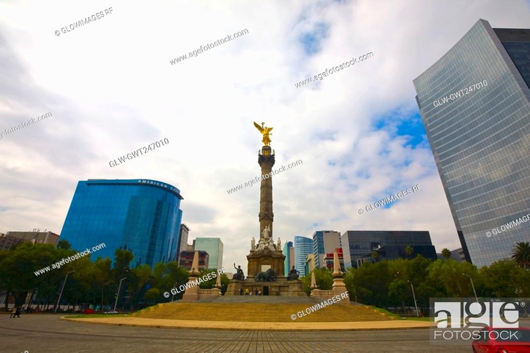Stock Photo: Low angle view of a monument, Independence Monument, Mexico City, Mexico.