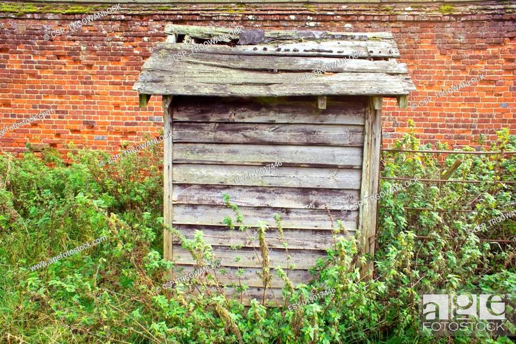Stock Photo: Old hut.