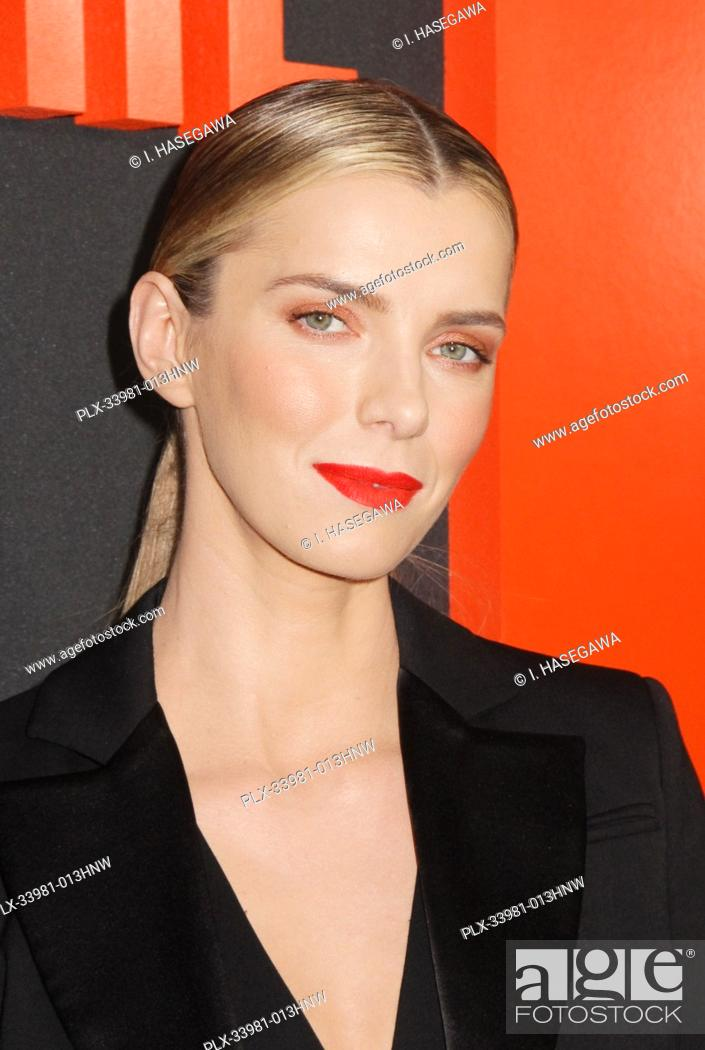 """Photo de stock: Betty Gilpin 03/09/2020 The Special Screening of """"""""The Hunt"""""""" held at The ArcLight Hollywood in Los Angeles, CA. Photo by I."""