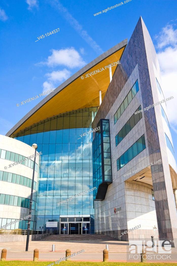 Stock Photo: Atradius headquarters. Harbour Drive. Capital Waterside. Cardiff Bay. Cardiff. South Glamorgan. Wales. UK.