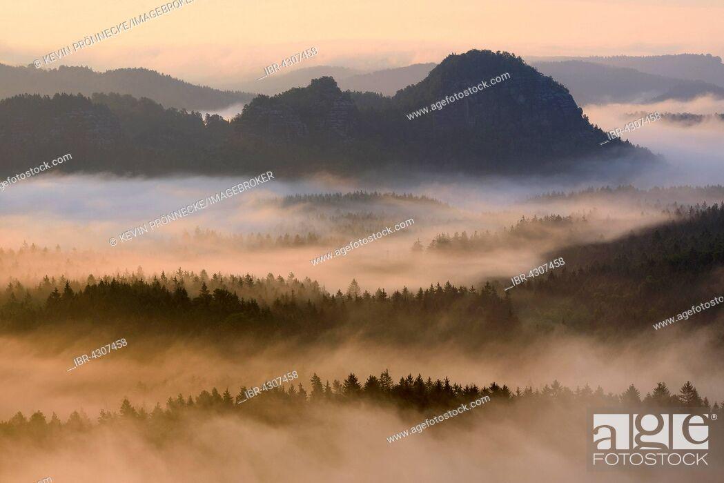 Stock Photo: View from Kleiner Winterberg to Lorenzsteine, Elbe Sandstone Mountains, Saxon Switzerland, Saxony, Germany.