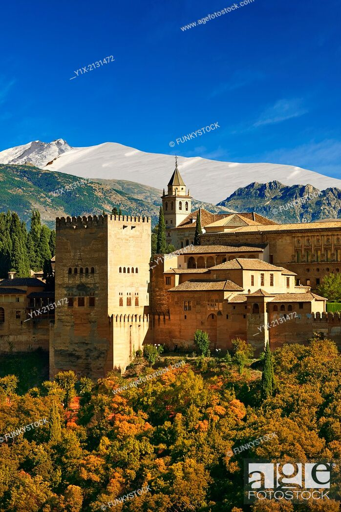 Stock Photo: View of the Moorish Islmaic Alhambra Palace comples and fortifications. Granada, Andalusia, Spain.