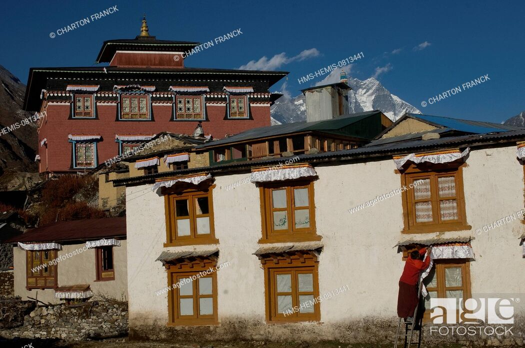 Stock Photo: Nepal, Sagarmatha Zone, Khumbu Region, trek of the Everest Base Camp, Tengboche monastery.
