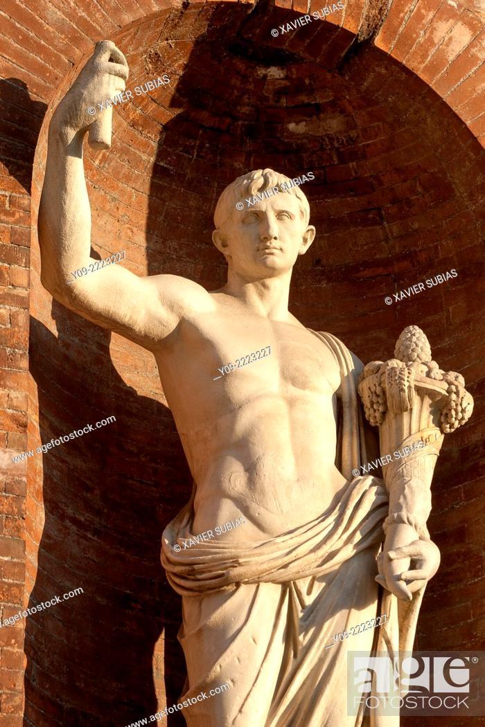 Stock Photo: Statues under the balconies of Piazza del Quirinale, Rome, Lazio, Italy.