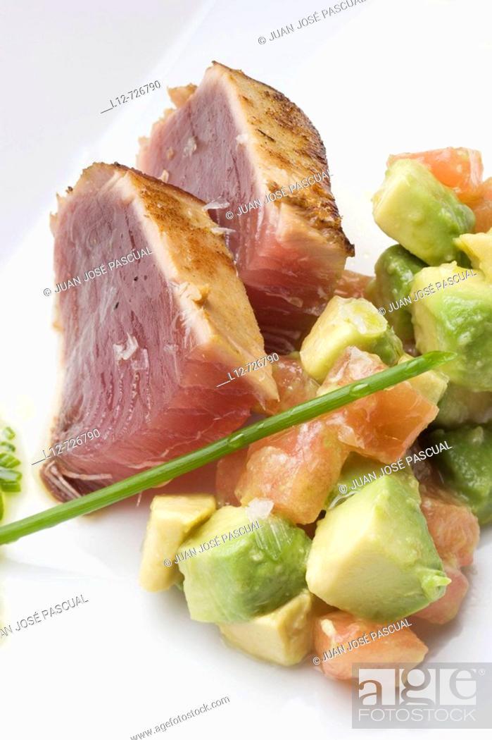 Stock Photo: Tuna with avocado salad at restaurant A Estacion by chefs  Xoan Crujeiras and Beatriz Sotelo, Cambre. La Coruña province, Galicia, Spain.
