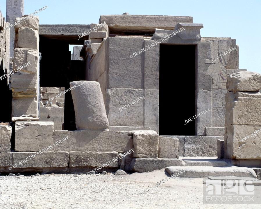 Imagen: Sanctuary of the sacred boat of Amon Ra, Temple of Amun, Karnak, Luxor, Thebes (Unesco World Heritage List, 1979), Egypt.