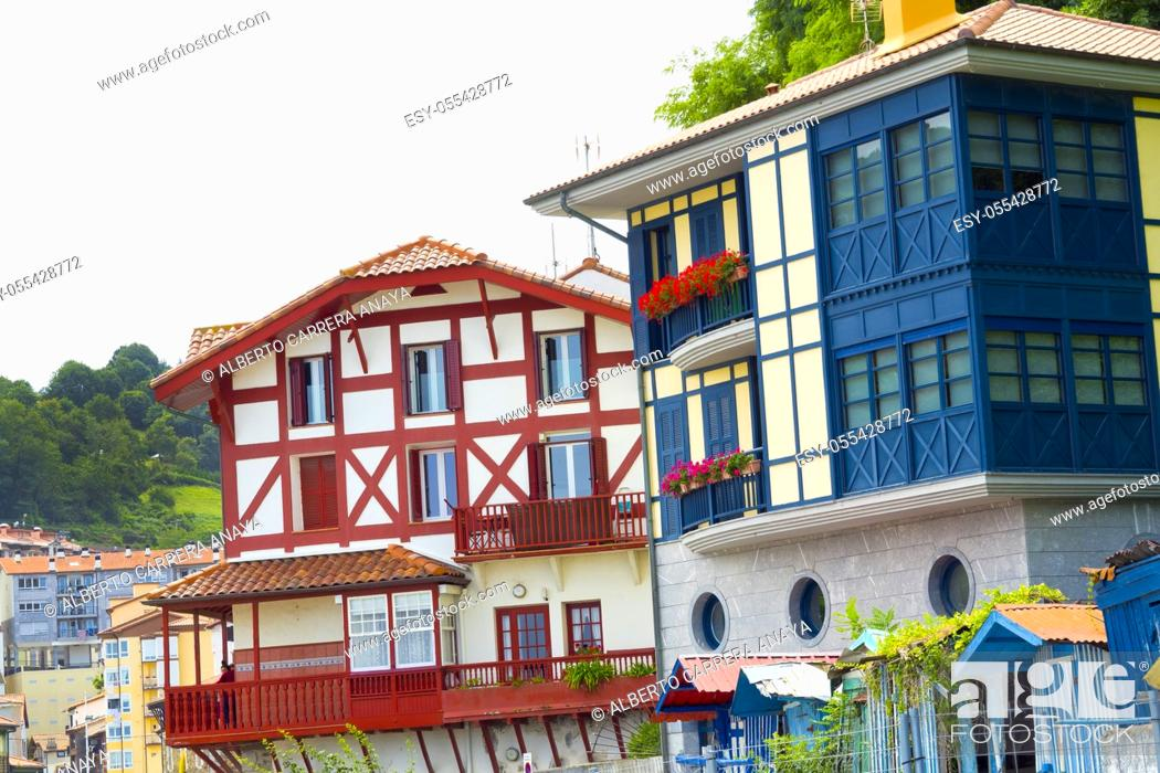Imagen: Typical Architecture, Old Town, Mutriku, Guipúzcoa, Basque Country, Spain, Europe.
