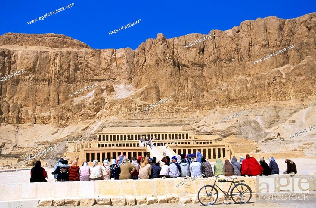Stock Photo: Egypt, Upper Egypt, Nile Valley, surroundings of Luxor, Thebes Necropolis listed as World Heritage by UNESCO, Western area, Deir El Bahri, Hatshepsut Temple.