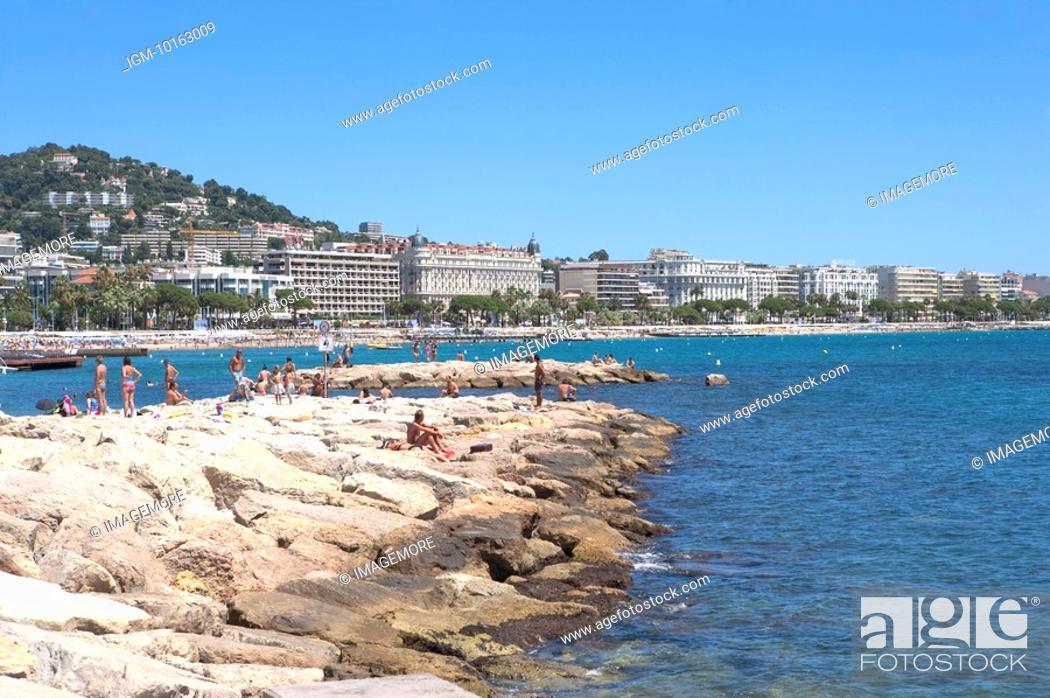 Stock Photo: Beach, Cannes, Provence-Alpes-Cote d'Azur, France, Europe.