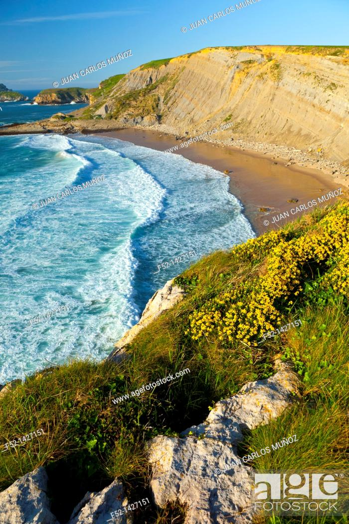 Stock Photo: Los Caballos beach, Miengo, Cantabria, Bay of Biscay, Spain, Europe.
