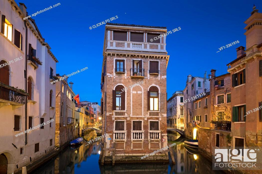 Stock Photo: Venice at dusk. Veneto, Italy, Europe.