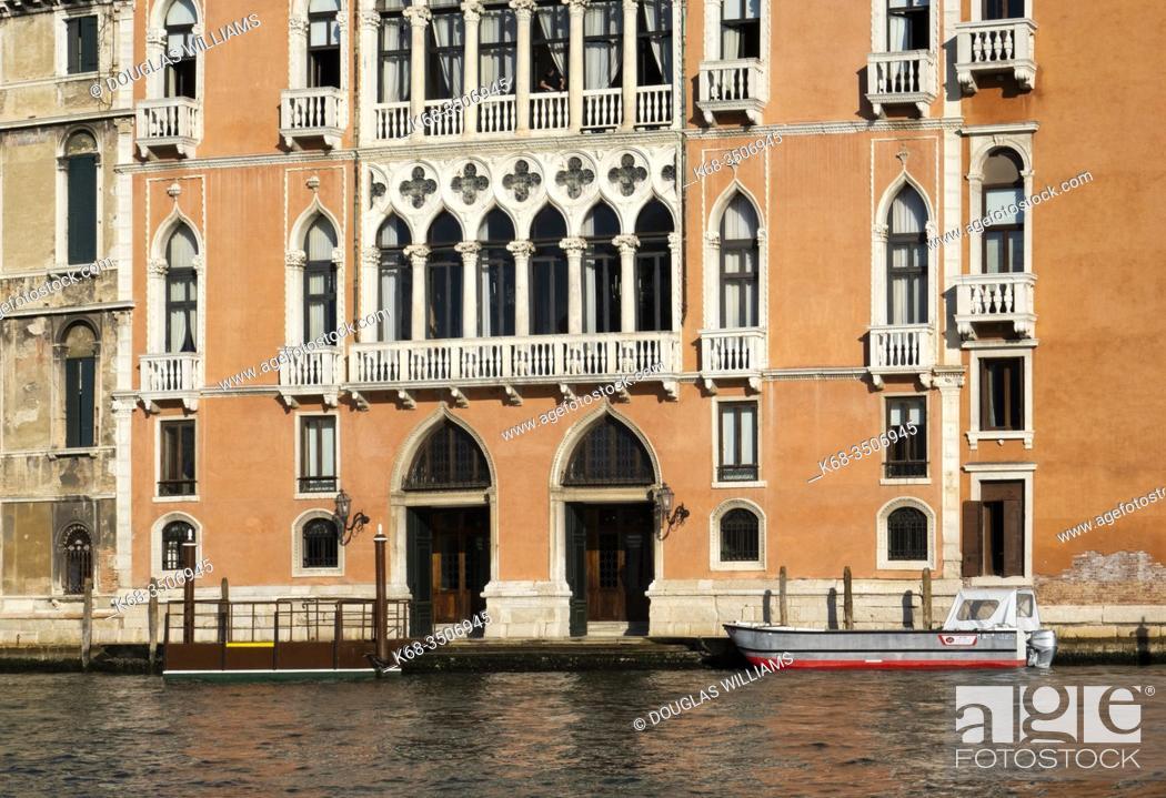 Imagen: Palazzo in Venice, Italy.