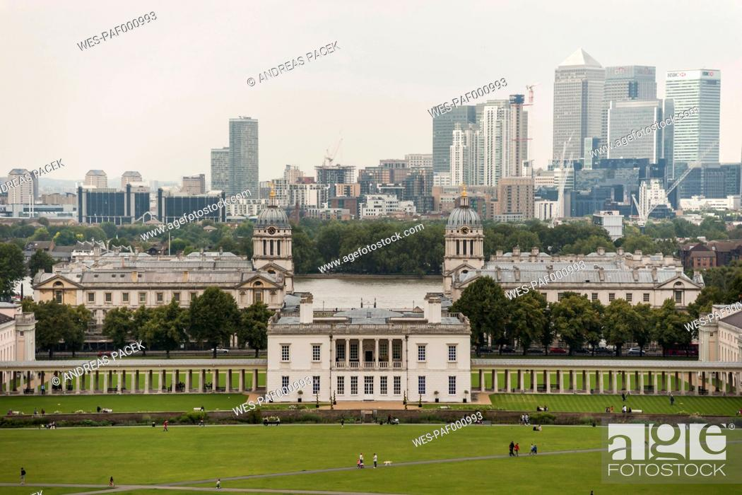 Imagen: United Kingdom, England, London, Greenwich, Old Royal Naval College and Financial district.