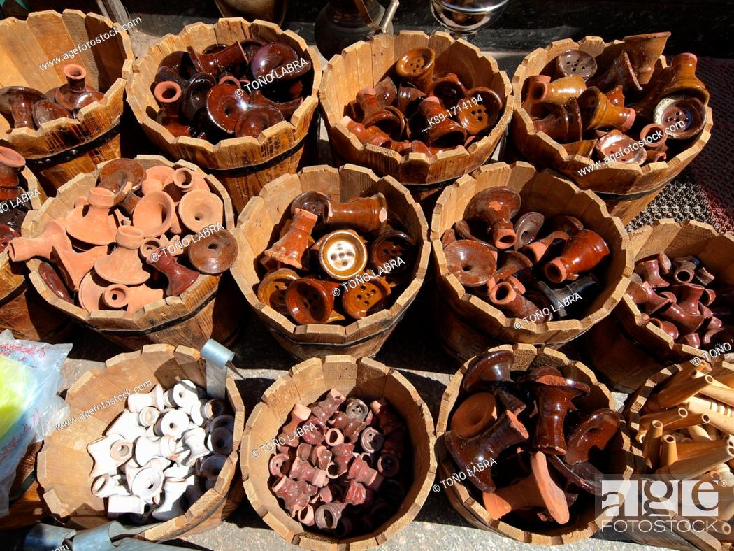 Stock Photo: Clay bowl, Water pipe, Khan El Khalili, Islamic Quarter, Cairo, Egypt.