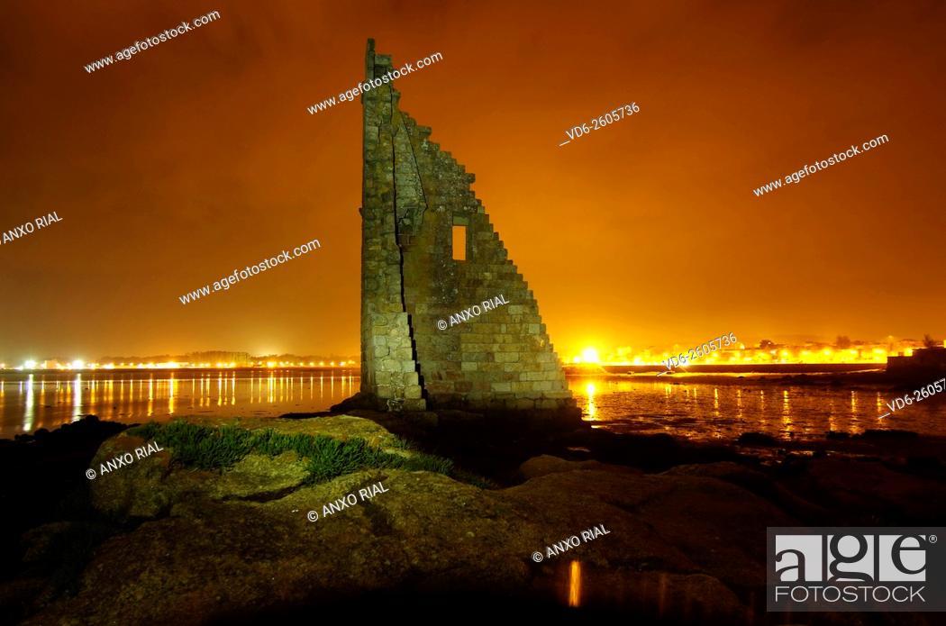 Stock Photo: Spain. Galicia. Pontevedra. Cambados. San Sadurniño's tower. Rias Baixas.