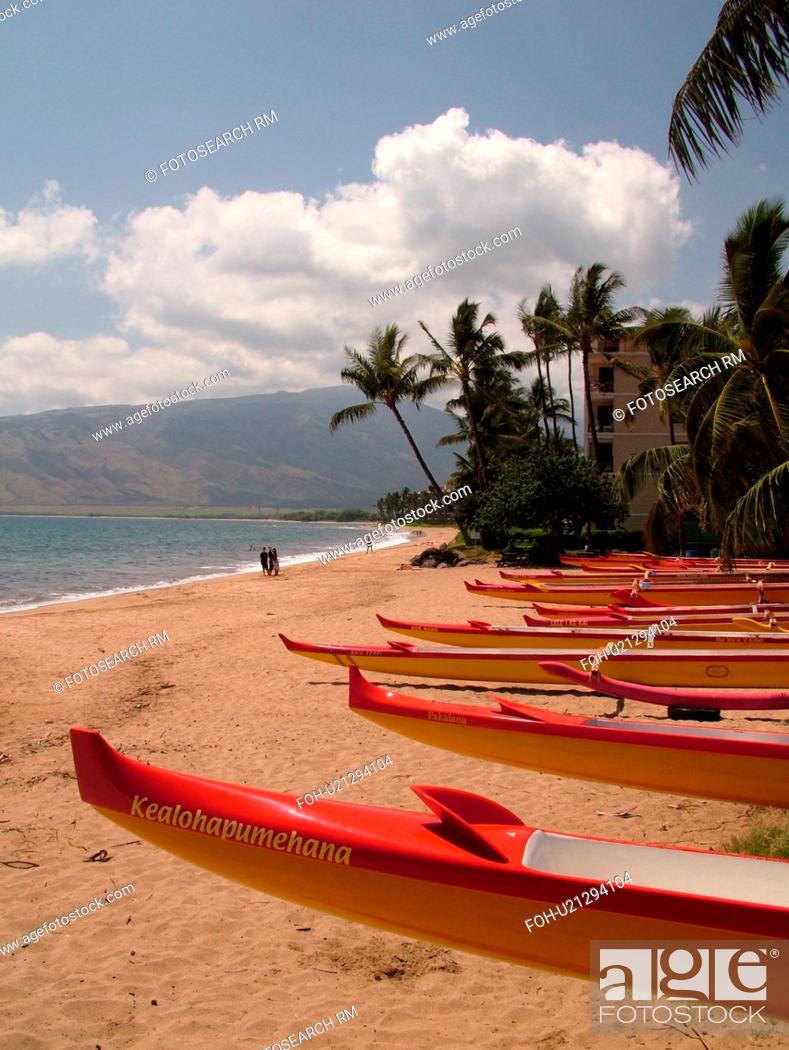 Stock Photo: Kihei, Maui, HI, Hawaii, Leeward Coast, Maalaea Bay, Kamaloe, Kamaloe Beach, Southwestern Coast, sea outrigger canoes.