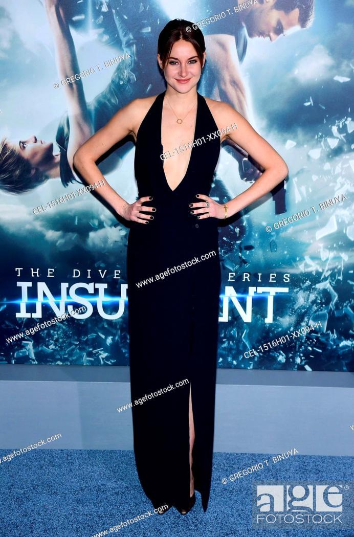 virallinen myymälä tilata Julkaisupäivä: Shailene Woodley (wearing a Ralph Lauren dress) at arrivals ...