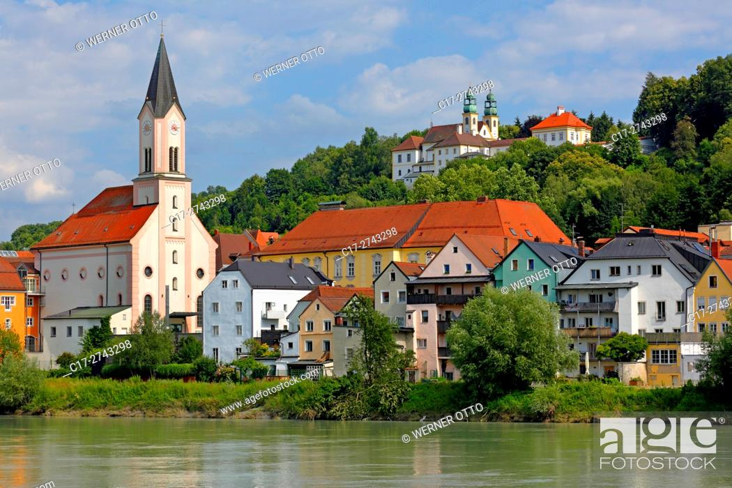 Stock Photo: Germany, Bavaria, Eastern Bavaria, Lower Bavaria, D-Passau, Danube, Inn, Ilz, D-Passau-Innstadt, Saint Gertrude Church at the Inn riverwalk.