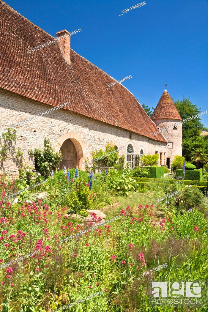 Stock Photo: Garden and stables of Cormatin castle, Burgundy, France, Europe.