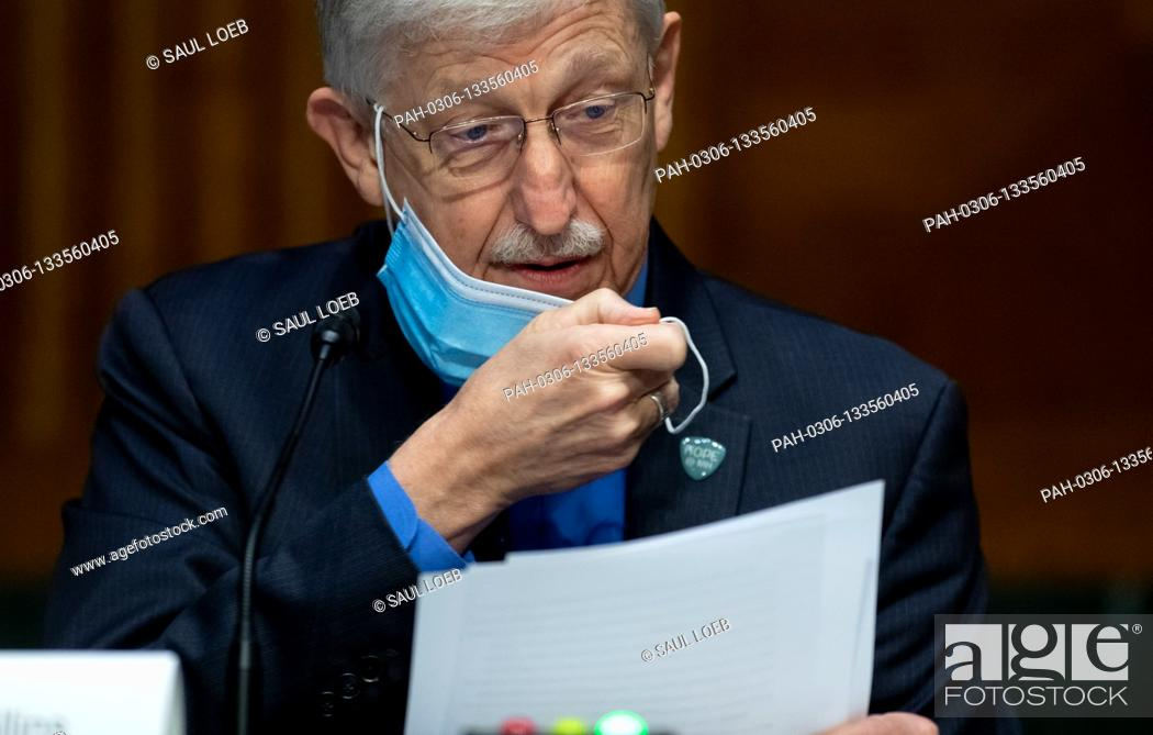 Photo de stock: Dr. Francis Collins, Director of the National Institutes of Health (NIH), testifies during a US Senate Appropriations subcommittee hearing on the plan to.