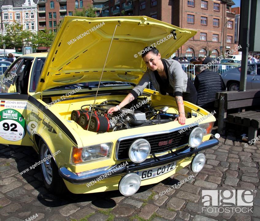 fb89e72226 Stock Photo - Auto Bild Klassik Oldtimerrallye at Fischauktionshalle  Featuring  Lina van de Mars Where  Hamburg
