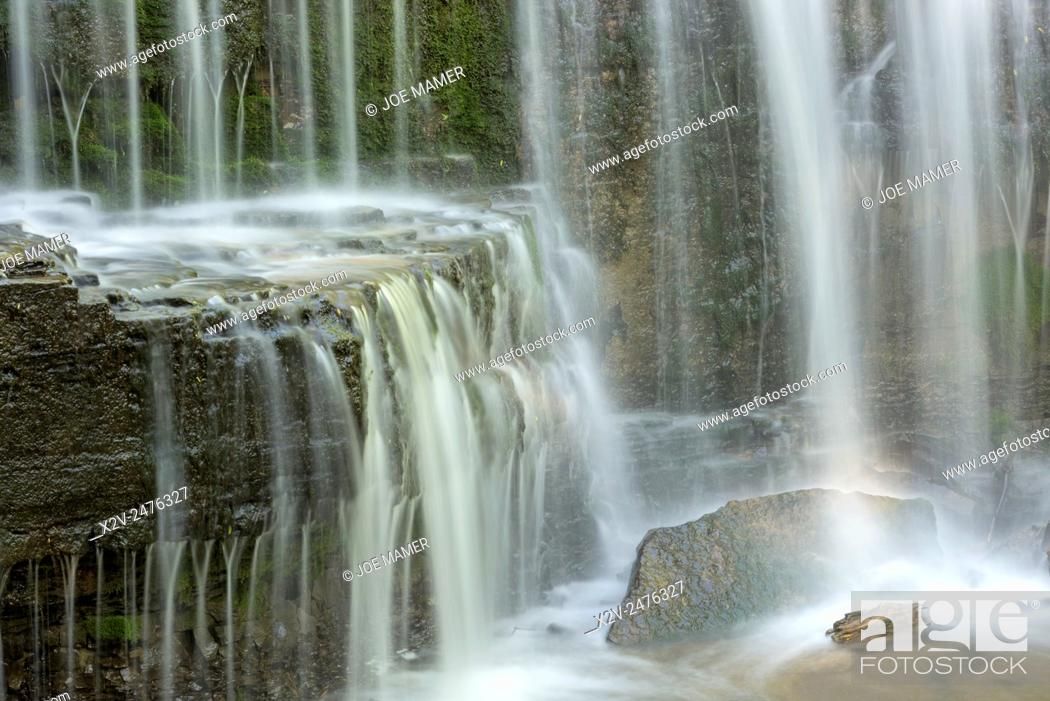 Photo de stock: Hidden Falls on Prairie Creek in Nerstrand Big Woods State Park, Minnesota.