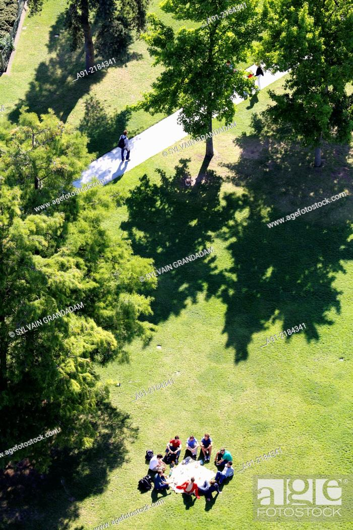 Stock Photo: France, Ile-de-France, Paris (75), Parc Andre Citroen, aerials from Ballon de Paris.