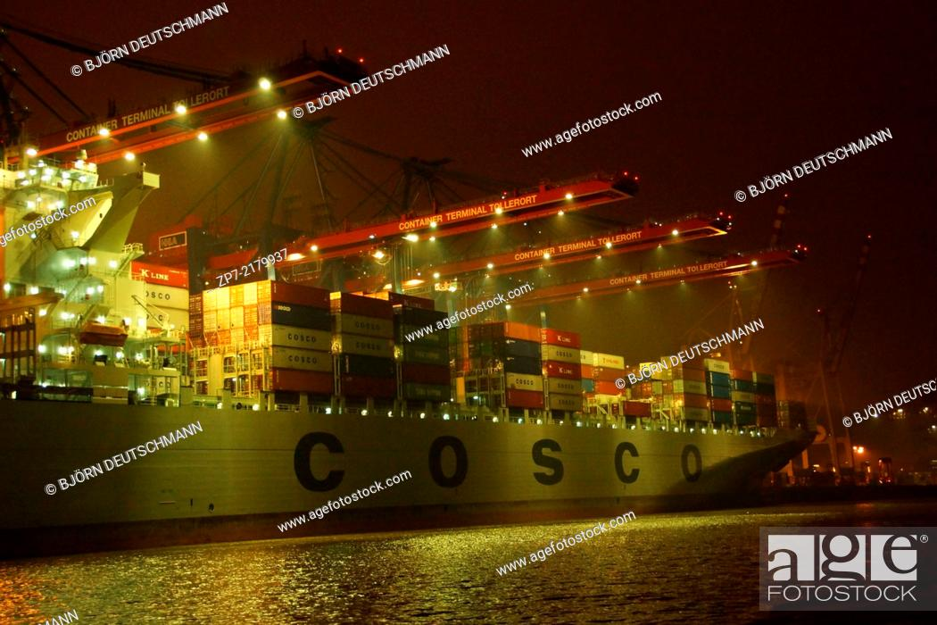 Imagen: The Container terminal in Hamburg.