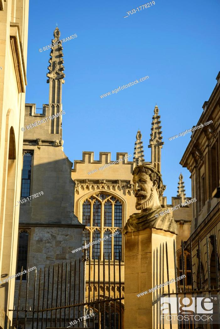 Stock Photo: University of Oxford by the Bodleian Library and Sheldonian, Oxford, England, UK.