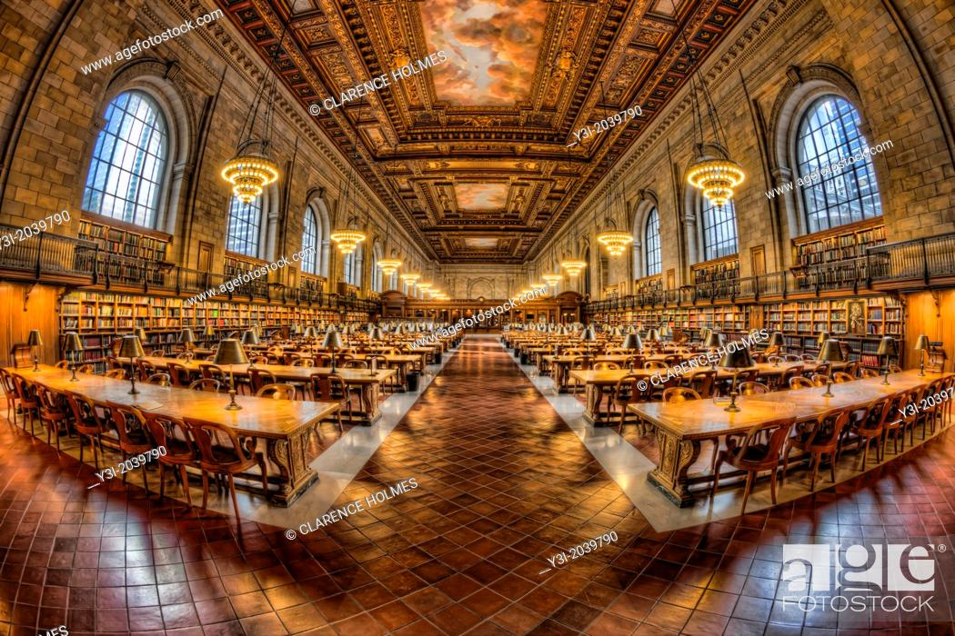 Stock Photo: The Rose Main Reading Room in the main branch of the New York Public Library on 5th Avenue and 42nd Street in New York City.