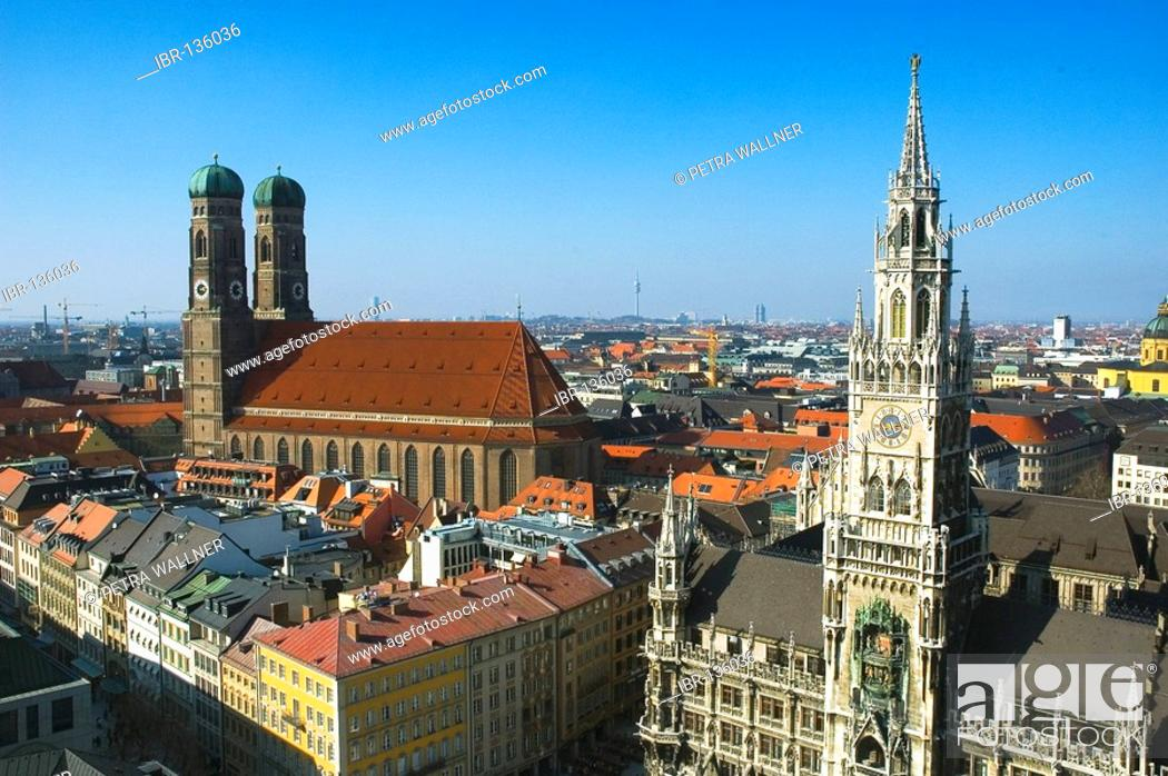 Stock Photo: Cathedral of our blessed Lady and New Cityhall, Munich, Bavaria, Germany.