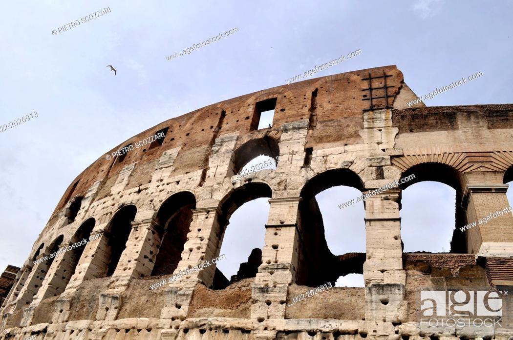 Stock Photo: Roma, Italy, Colosseo.