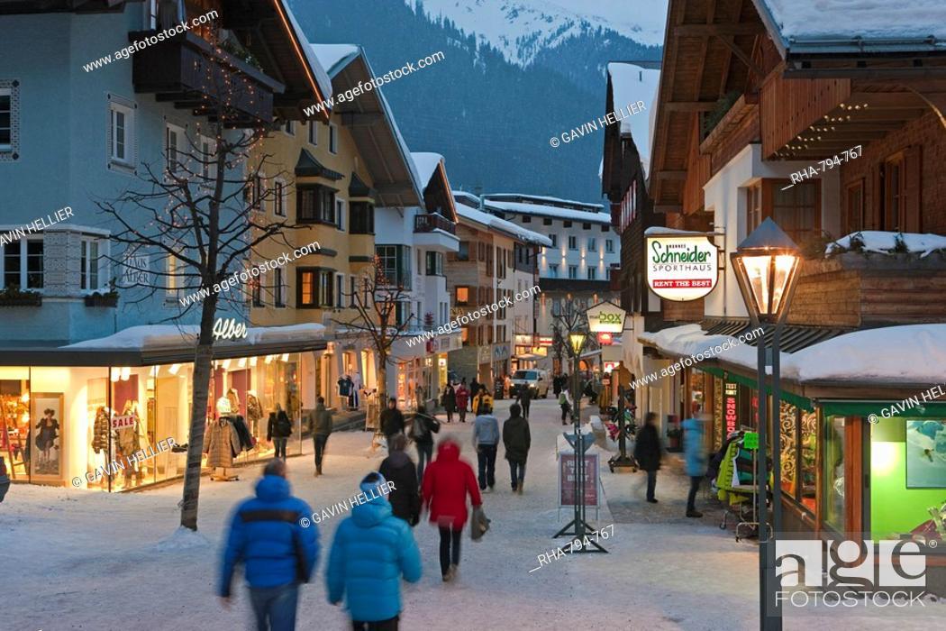 Stock Photo: Main street in winter, St. Anton am Arlberg, Tirol, Austria, Europe.