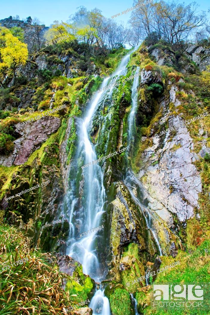 Stock Photo: Tabayon del Mongayu, Waterfall. Redes Natural Park and Biosphere Reserve. Concejo de Caso. Asturias. Spain.