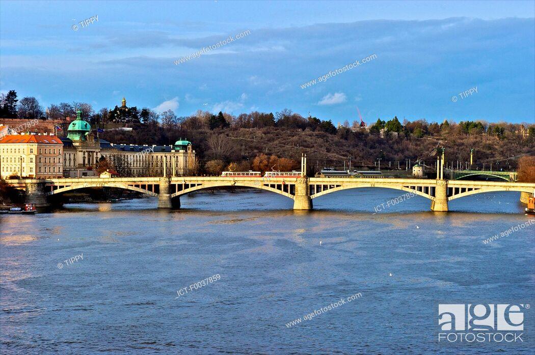 Stock Photo: Czech Republic, Prague, Manesuv bridge.