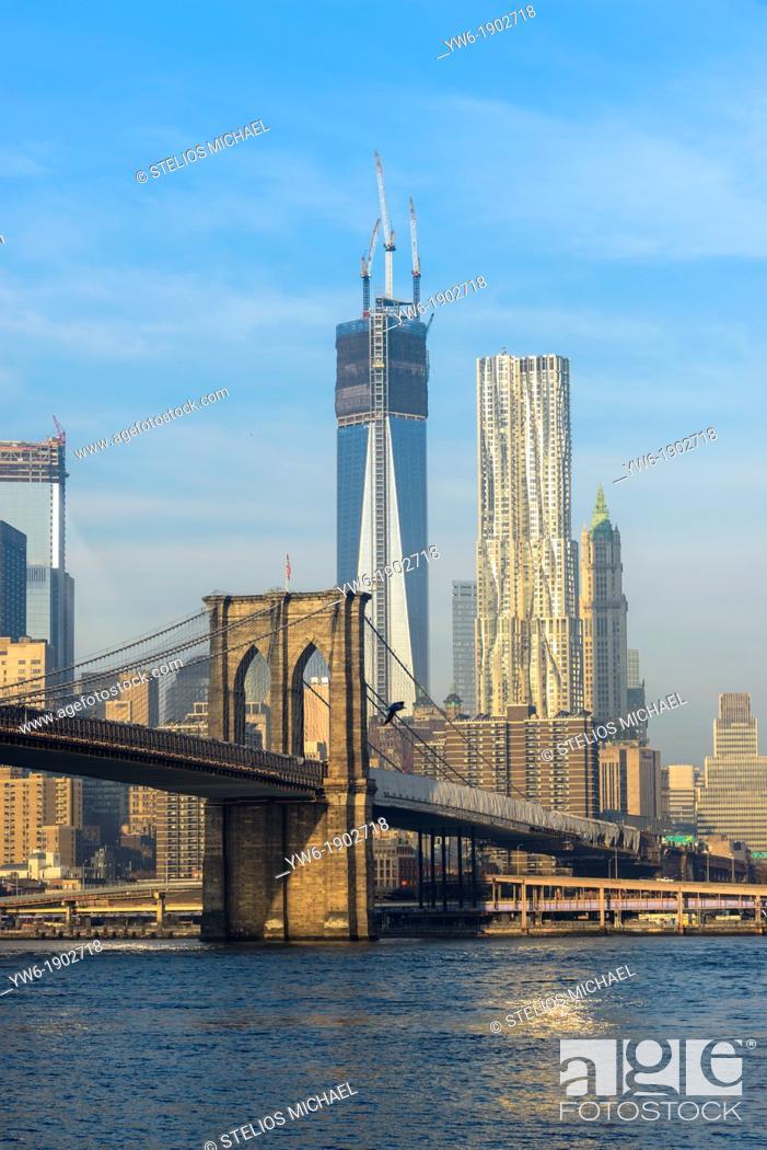 Stock Photo: Lower Manhattan with Brooklyn Bridge, New York City, USA.