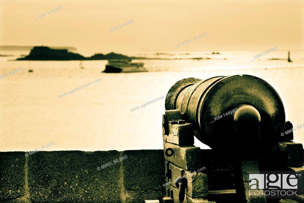 Stock Photo: Cannon  Saint-Malo  Brittany, France, Europe.