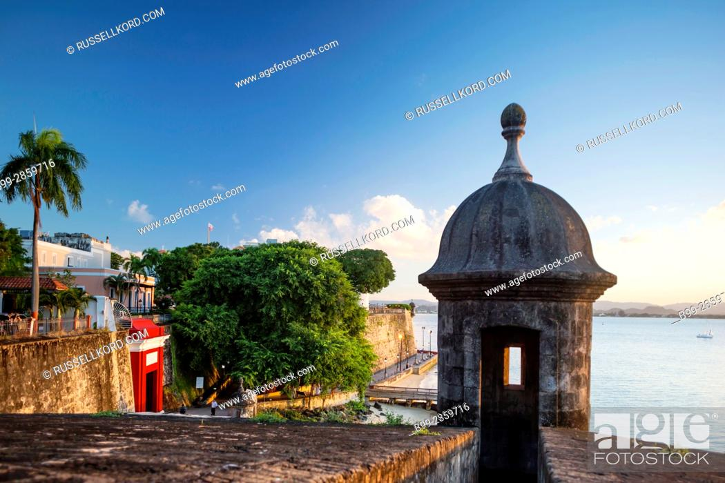 Stock Photo: SENTRY BOX CITY GATE PASEO LA PRINCESA PROMENADE OLD TOWN SAN JUAN PUERTO RICO.