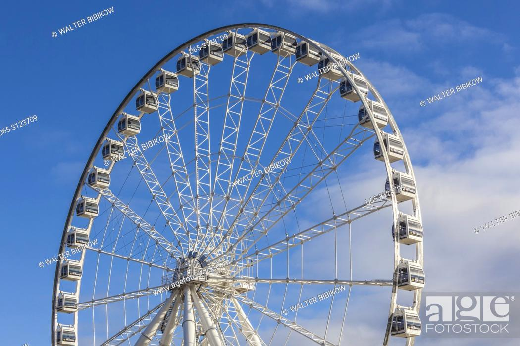 Stock Photo: Canada, Quebec, Montreal, The Old Port, The Montreal Observation Wheel, autumn.
