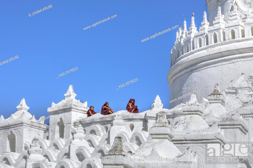 Stock Photo: Mingun, Hsinbyume Pagoda, Mandalay, Myanmar, Asia.