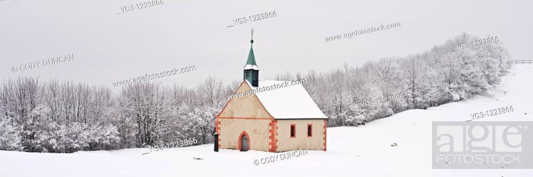Stock Photo: Walberla hill and Walpurgis Chapel in winter, Franconia, Bavaria, Germany.
