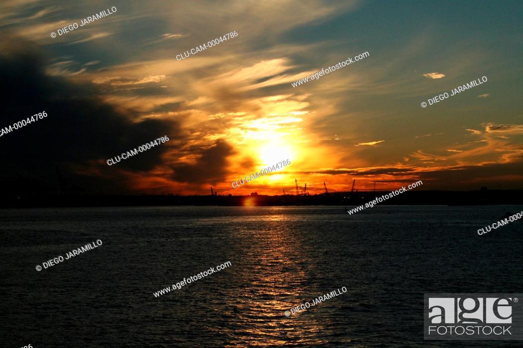 Stock Photo: Twilight in New York, United States, North America.