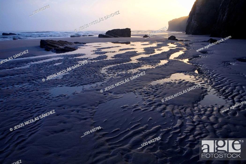 Imagen: Las Catedrales beach. Ribadeo. Lugo province, Galicia, Spain.