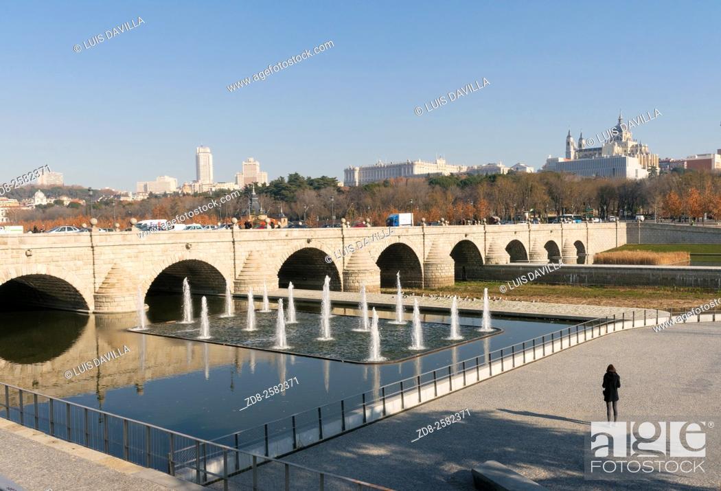 Stock Photo: puente de segovia, madrid. spain.